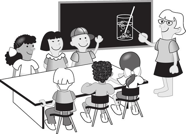 Classe avec etudiants assis